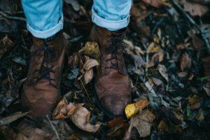 Dreckige Lederschuhe Herbst