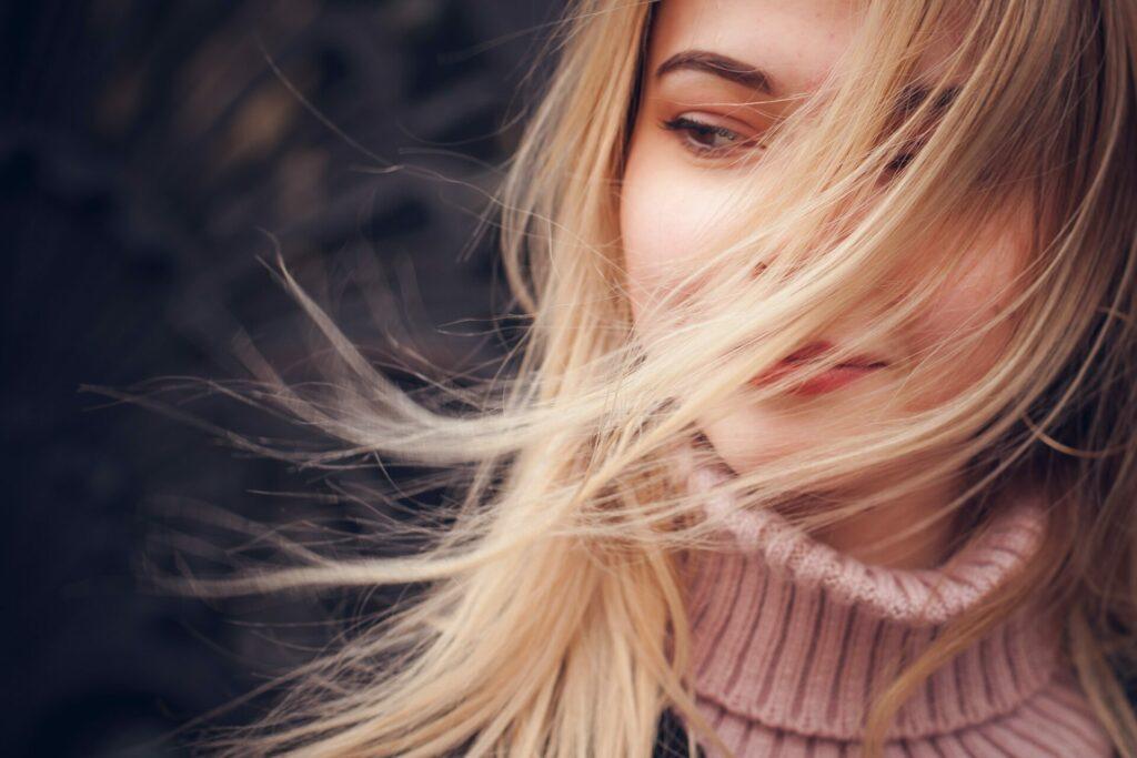 Ursachen für lichtes Haar